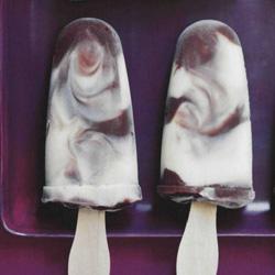 Recette du popsicle tourbillon de vanille et de chocolat